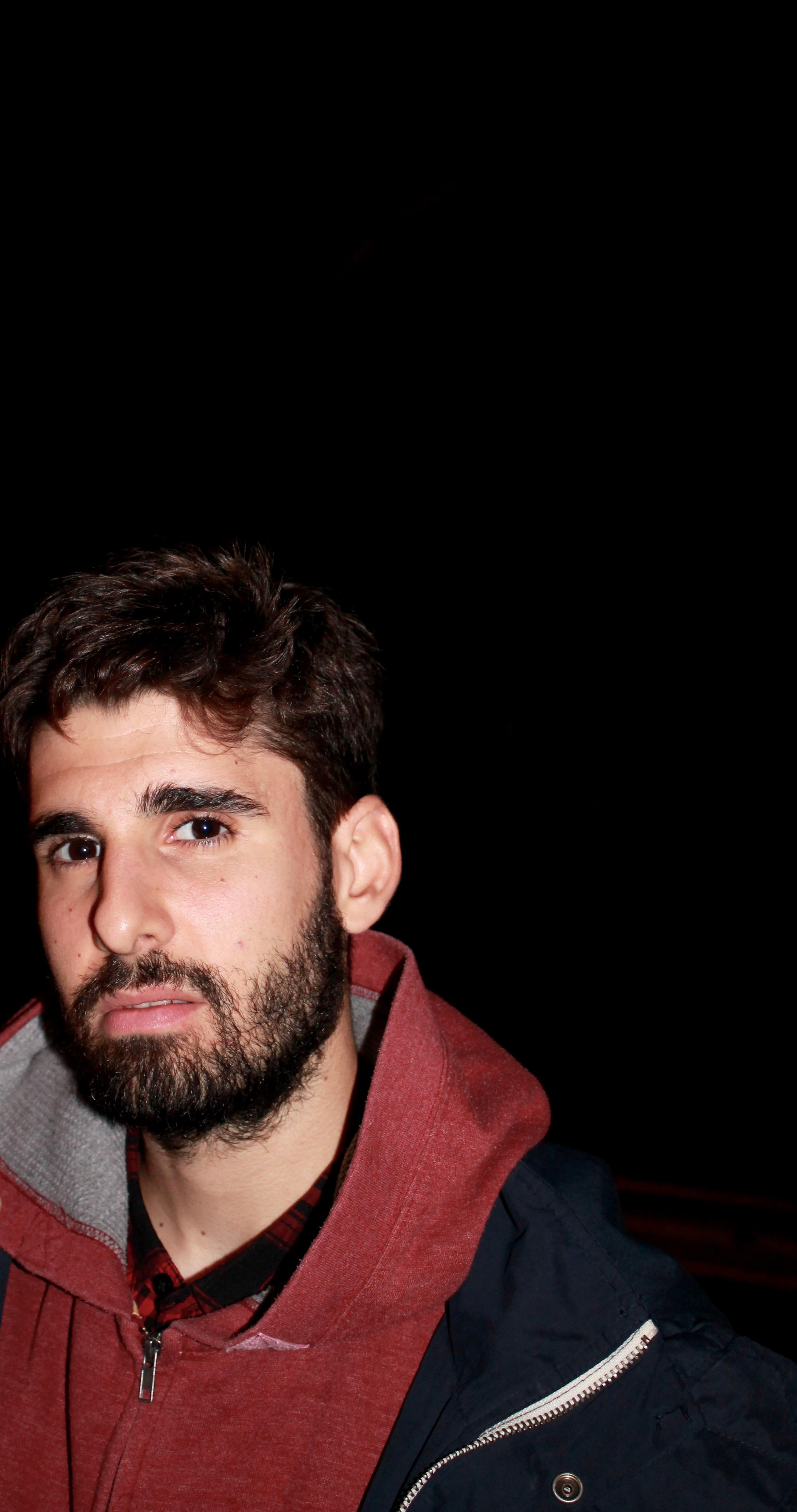Curr culums vitae demandantes de empleo de camarero en for Trabajo jardinero barcelona